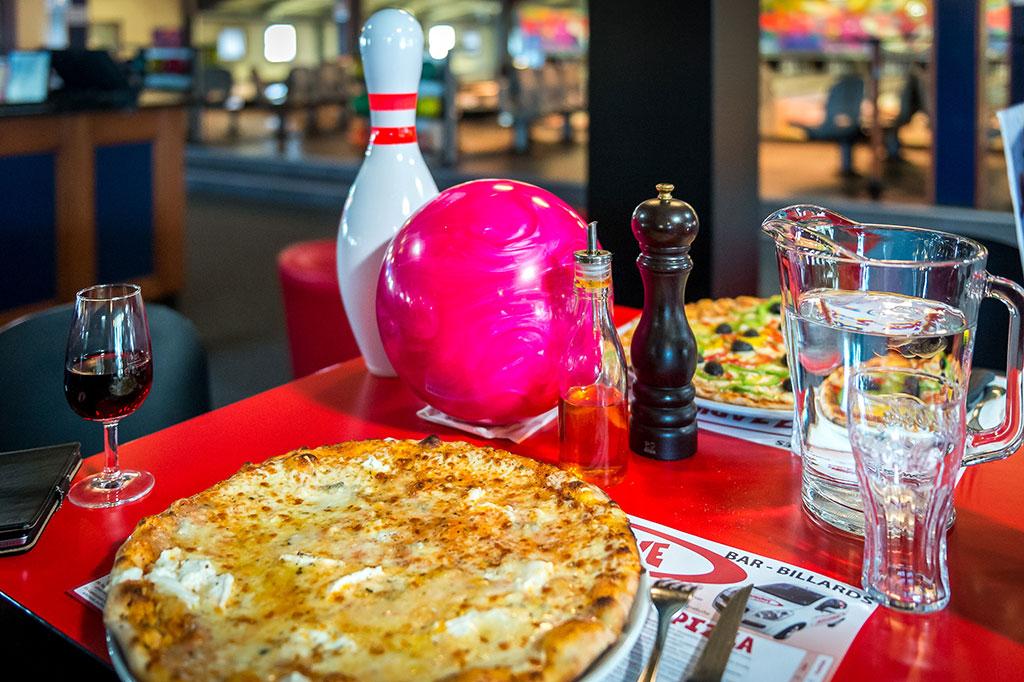 Offre spéciale bowling + pizza du Bowling des Rottes